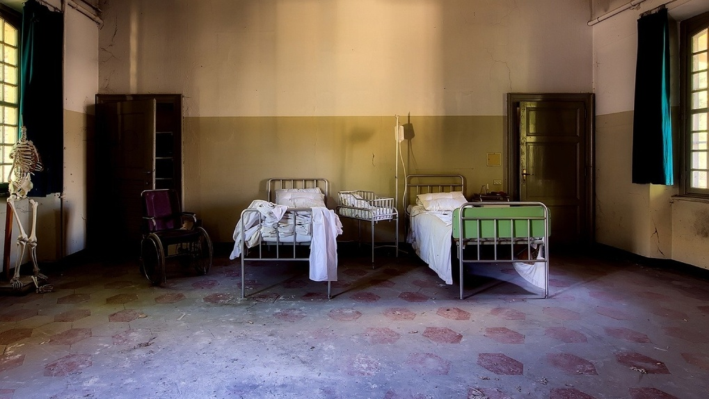 Места для зараженных коронавирусом в больницах могут закончиться через три недели