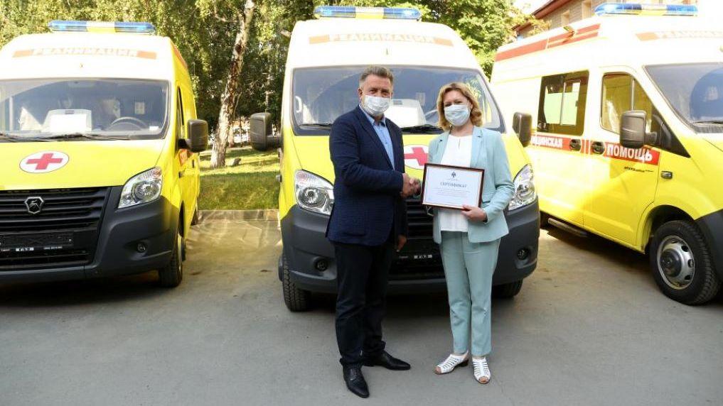 Новые «коронавирусные скорые» выходят на линию в Новосибирской области