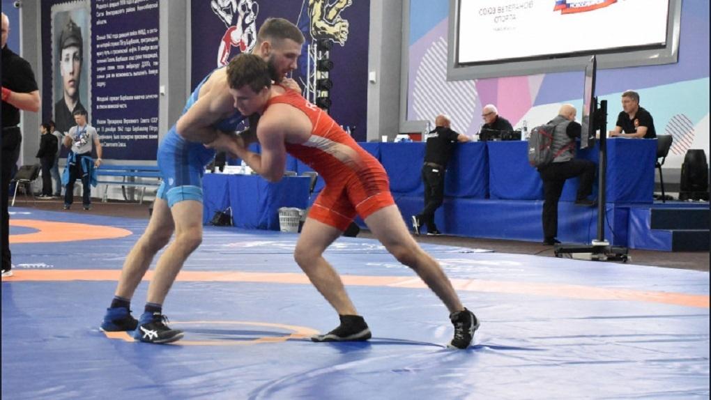 В Новосибирске прошёл всероссийский турнир по греко-римской борьбе памяти забытого на родине земляка