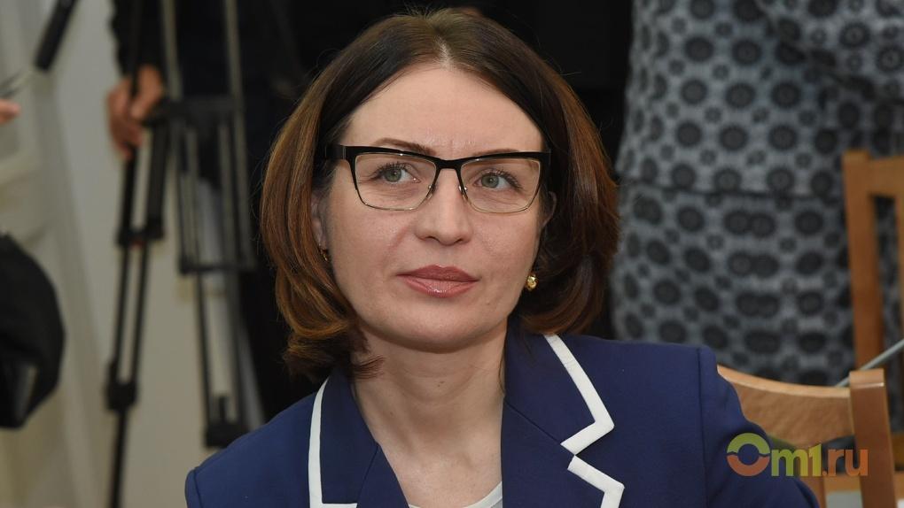 Фадиной как первой женщиной-мэром Омска заинтересовались в Канаде