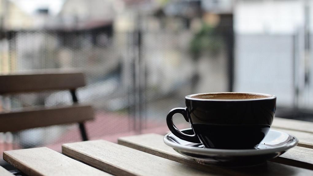 В Омске на Левом берегу начали сносить кафе