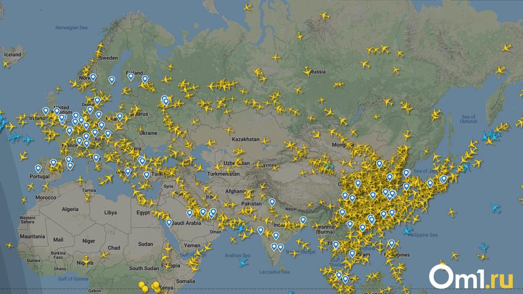 До восьми рейсов в день! Омск продолжает принимать самолеты из охваченных коронавирусом регионов