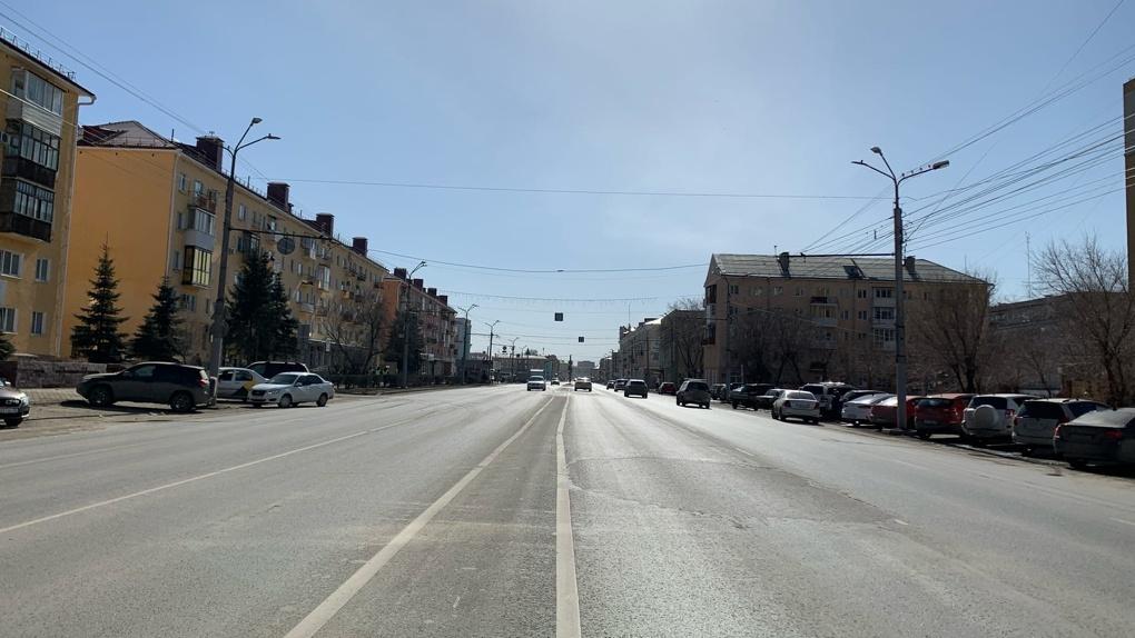 На одном из проблемных перекрестков в Омске изменится схема движения