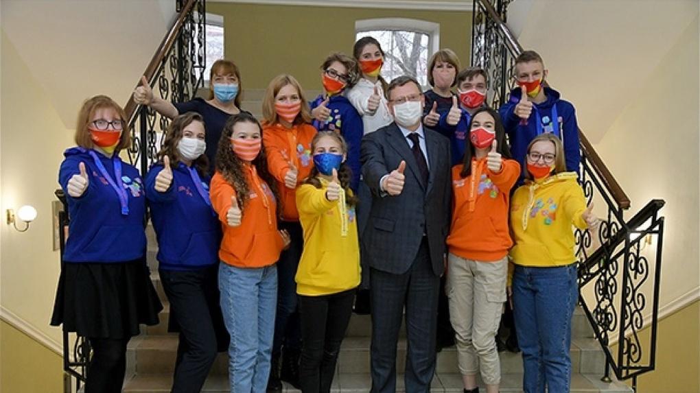 Губернатор Александр Бурков встретился с омскими школьниками, победившими в «Большой перемене»
