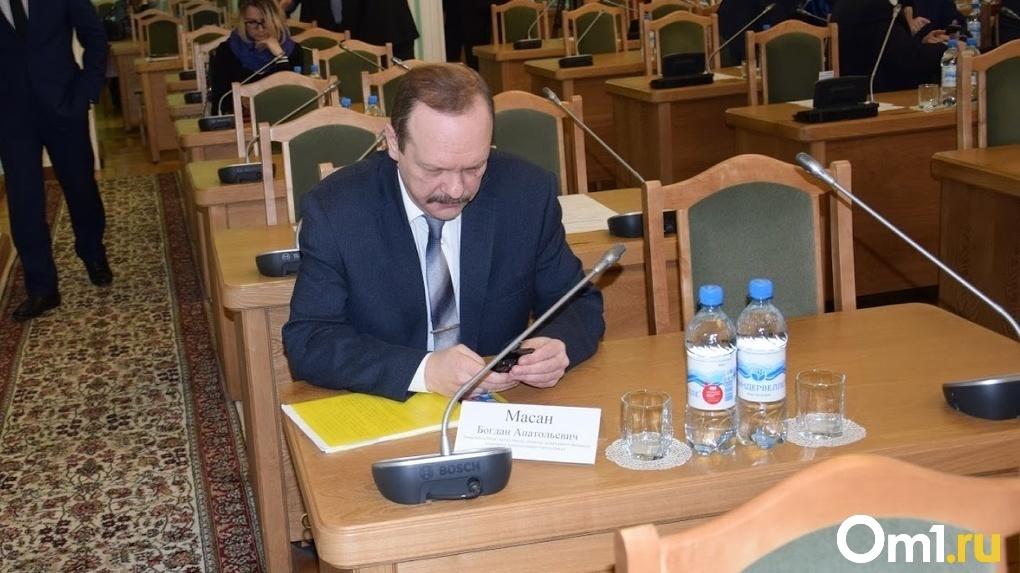 Двух омских экс-чиновников будут судить заново