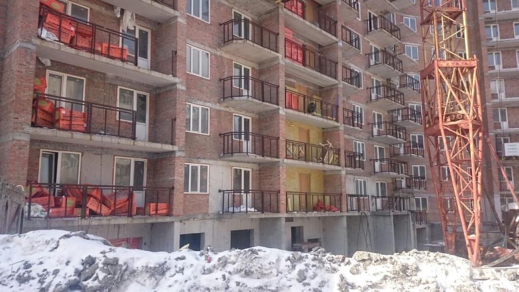 Долгострой с 16-летней историей на улице Бориса Богаткова планируют сдать в эксплуатацию в 2020 году