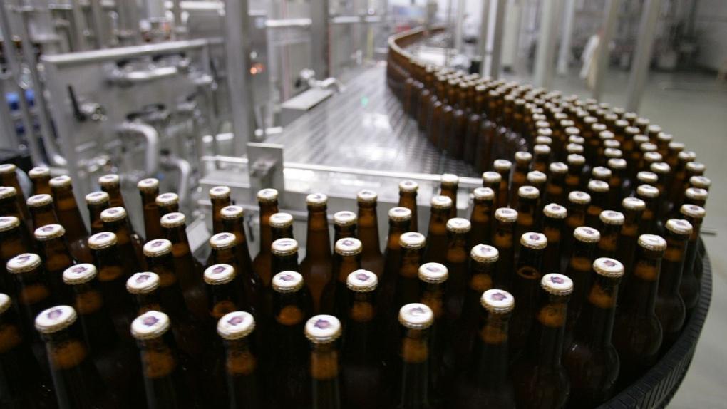 В Омске стали производить меньше пива