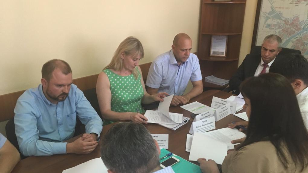 Омская мэрия выбрала компанию, которая построит тёплые остановки