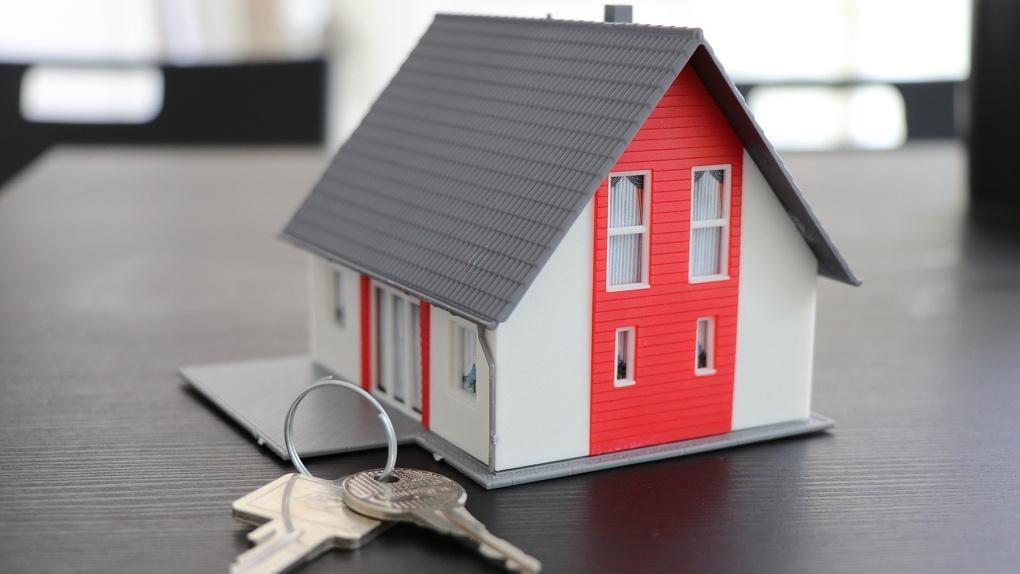 Чтобы купить квартиру, омичам нужно копить 6 лет