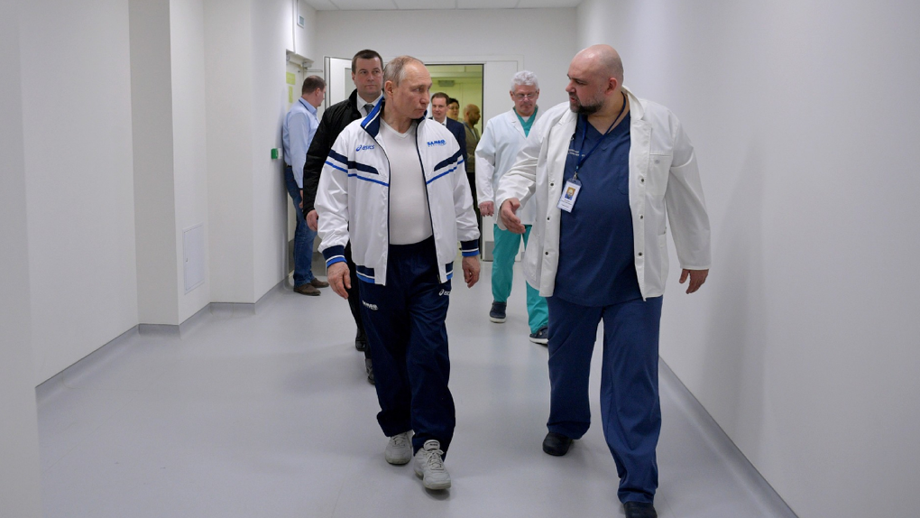 Владимир Путин подписал антикоронавирусные законы. За нарушение карантина и фейки будут сажать