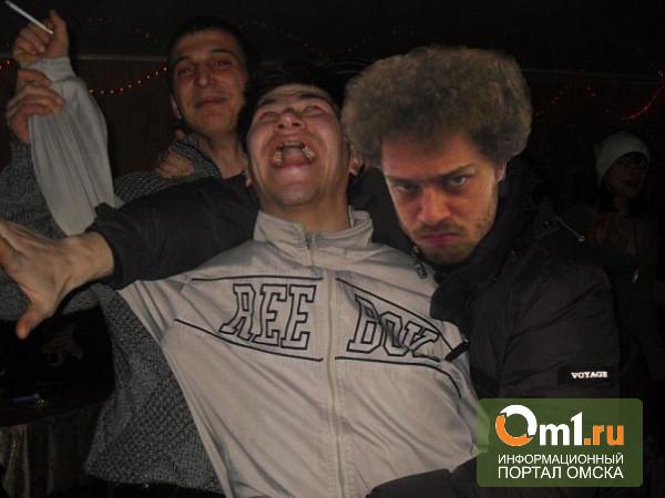 Варламов напился в омском «Эвересте» и собрался на субботник