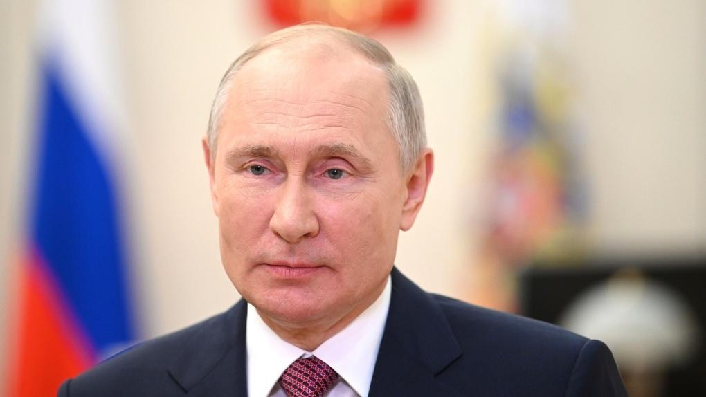 Владимир Путин подписал указ об изменении флагов ВМФ России