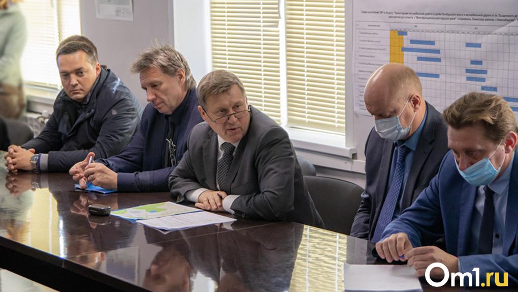 Мэр Новосибирска сделал выговор за грязь на стройплощадке станции «Спортивная»