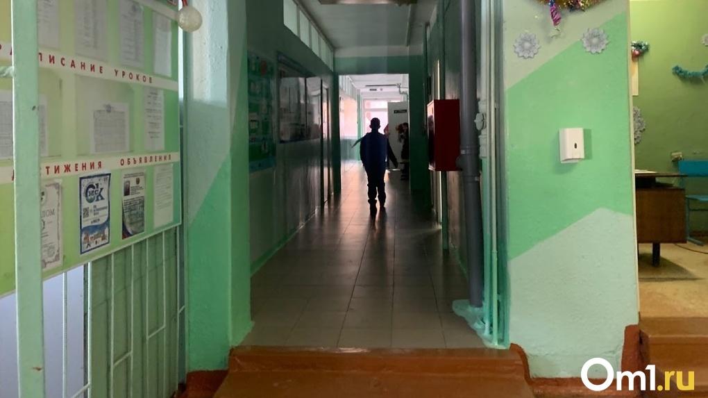 Официально: в стрельбе в казанской школе погибли дети и учительница
