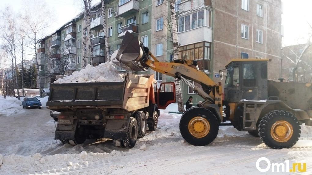 В мэрии Новосибирска заявили о дефиците уборочной техники: сколько машин не хватает
