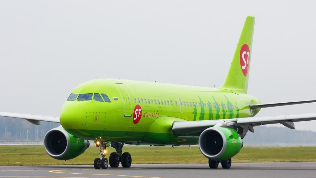 В Омске экстренно приземлился самолет из Барнаула, летевший в Москву