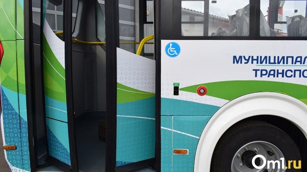 С понедельника изменится схема движения 344-й маршрутки в Омске