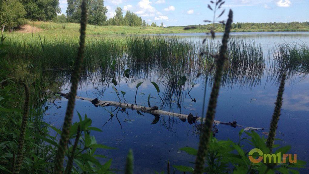 На озере в Омской области найдено тело пропавшего в прошлом году рыбака