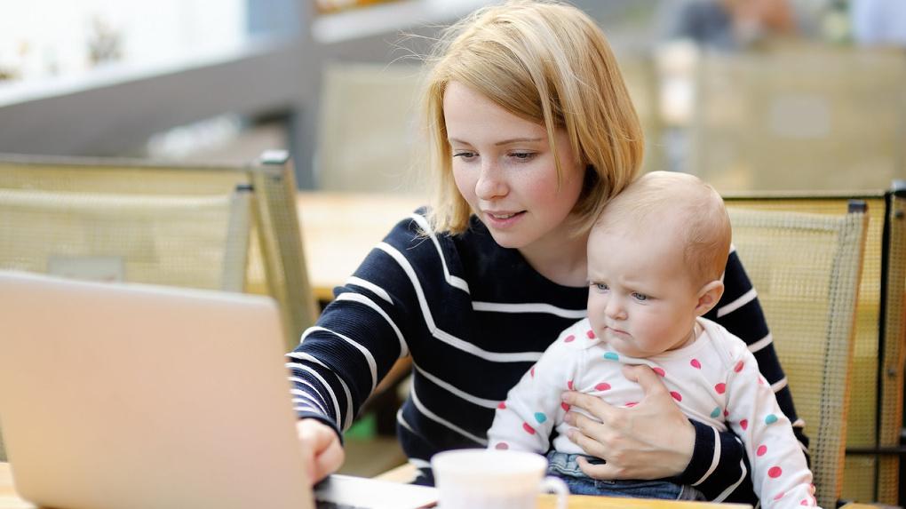 Молодым мамам планируют прибавлять 3 балла к результатам ЕГЭ