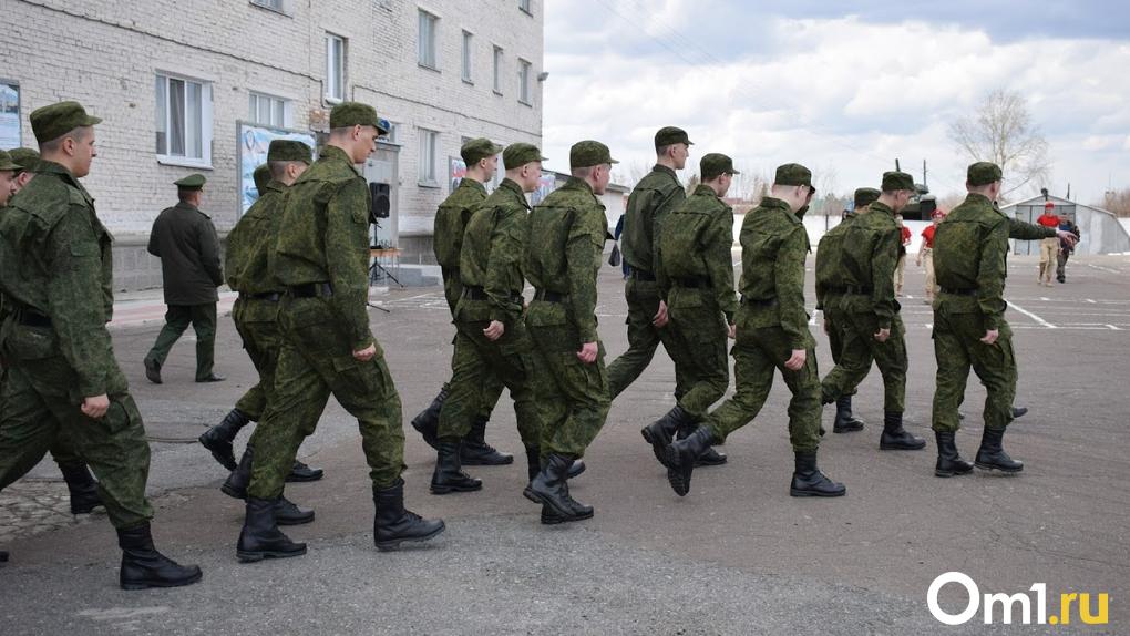 Новосибирским военным поставят прививки от коронавируса