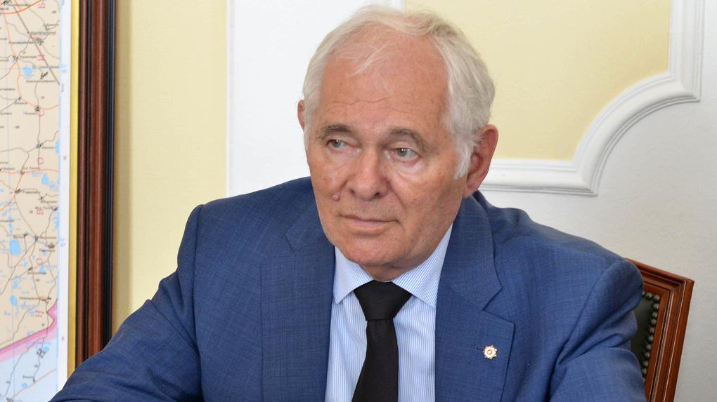 Вопросом реорганизации лабораторий в Омске занялся Леонид Рошаль