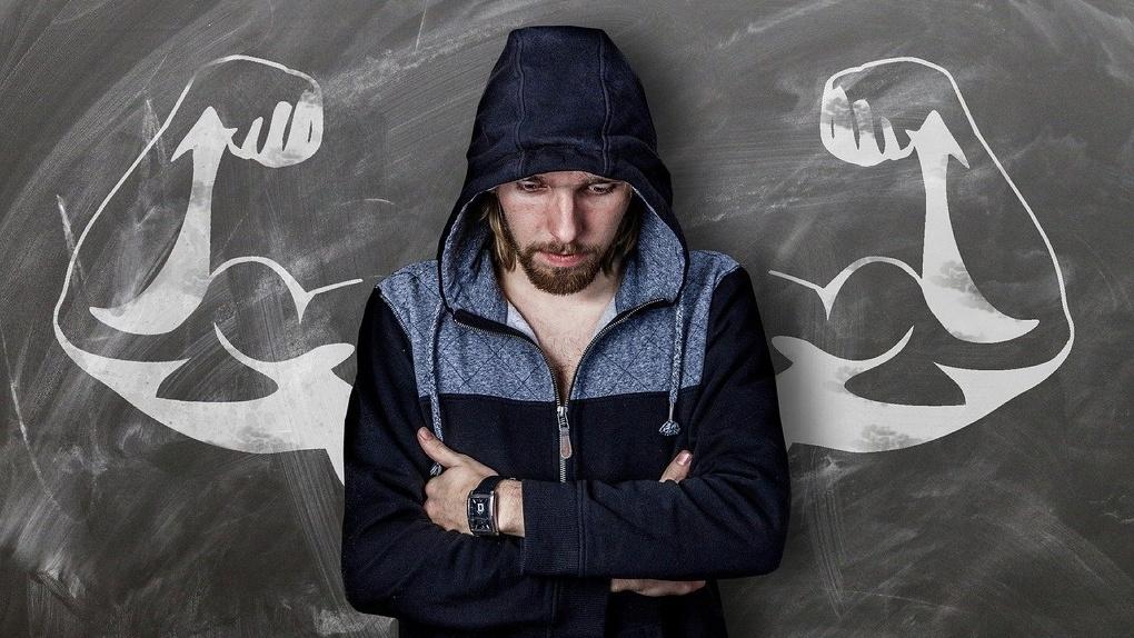Омск не попал в первую десятку рейтинга по домогательствам до мужчин
