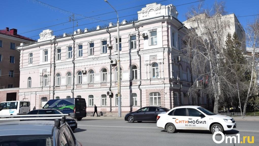На Радоницу в Омске перекроют несколько улиц. КАРТА