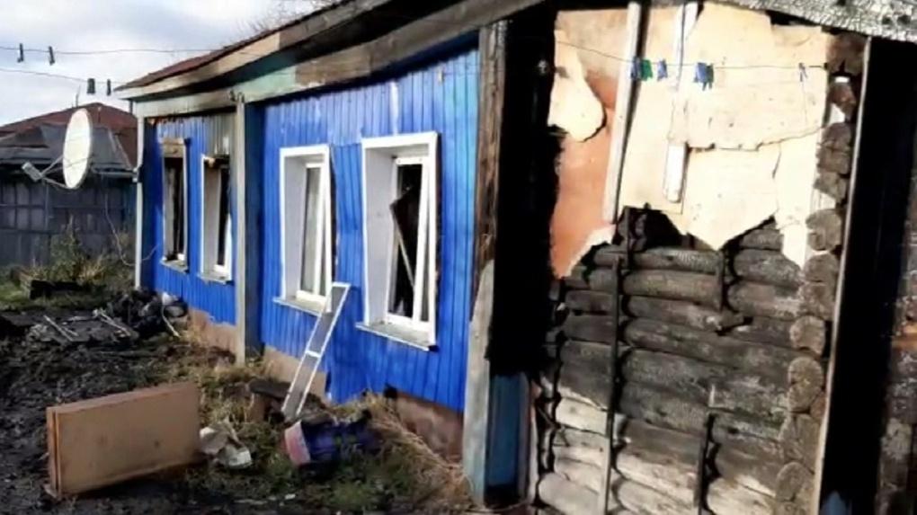 Мать троих сгоревших в пожаре детей выжила благодаря визиту в полицию