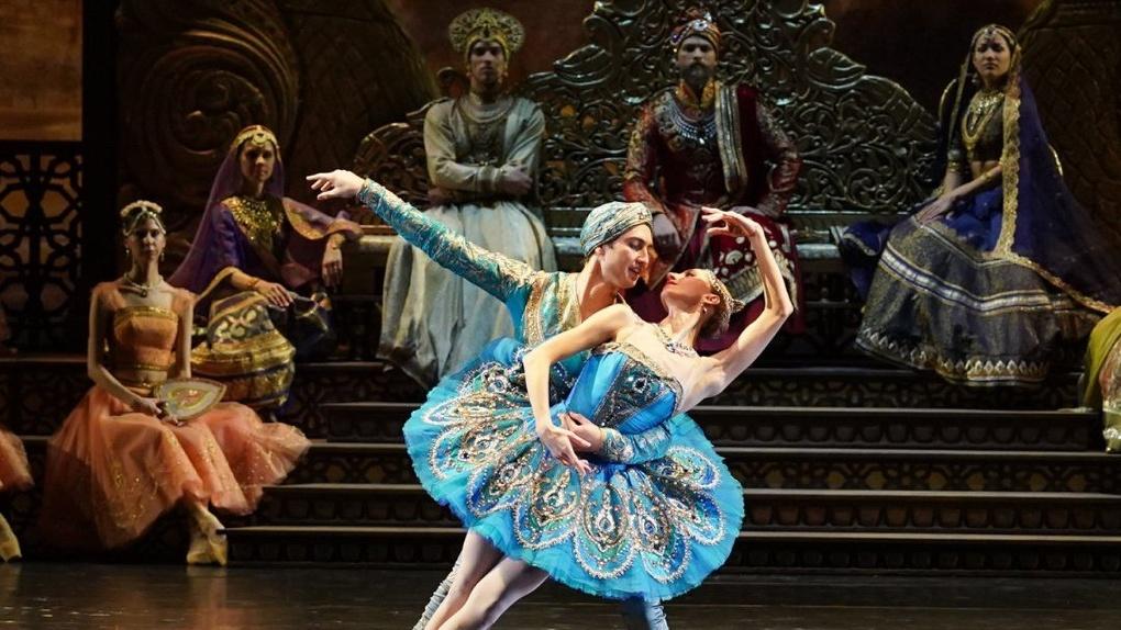 Владимир Путин поблагодарил отказавшийся от спектаклей из-за коронавируса Новосибирский оперный театр
