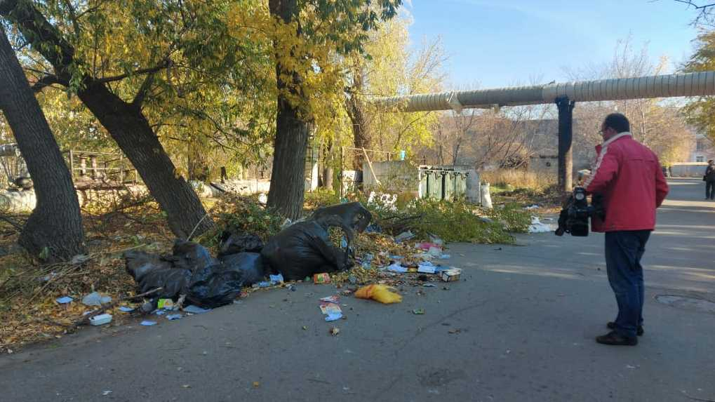 Игорь Попов: «Омичам необходимо учиться выбрасывать отходы в пределах санитарной площадки»