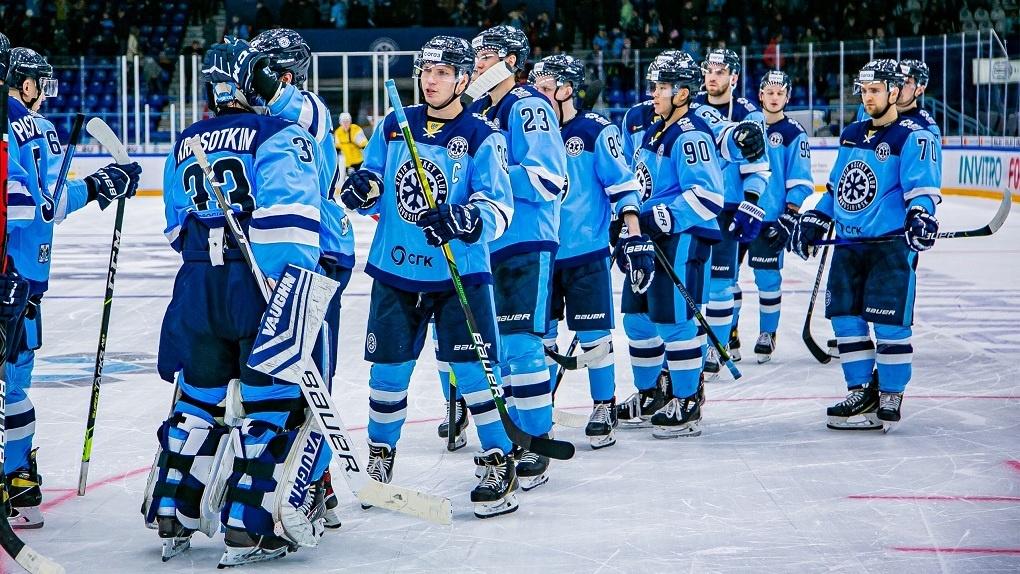 ХК «Сибирь» в ожесточённой борьбе проиграл нижегородскому «Торпедо»