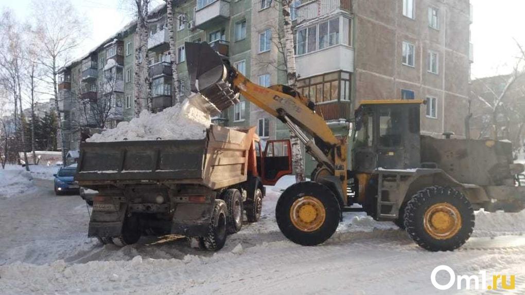 1 300 000 кубометров снега вывезли из Новосибирска с начала зимы