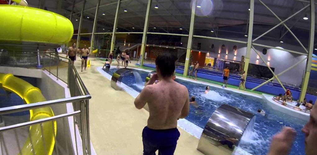 Омичка судится с аквапарком «АкваРИО» из-за полученной травмы