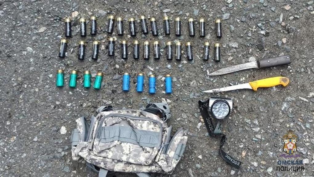 Слепили, стреляли и душили. В Омской области поймали сразу пятерых браконьеров