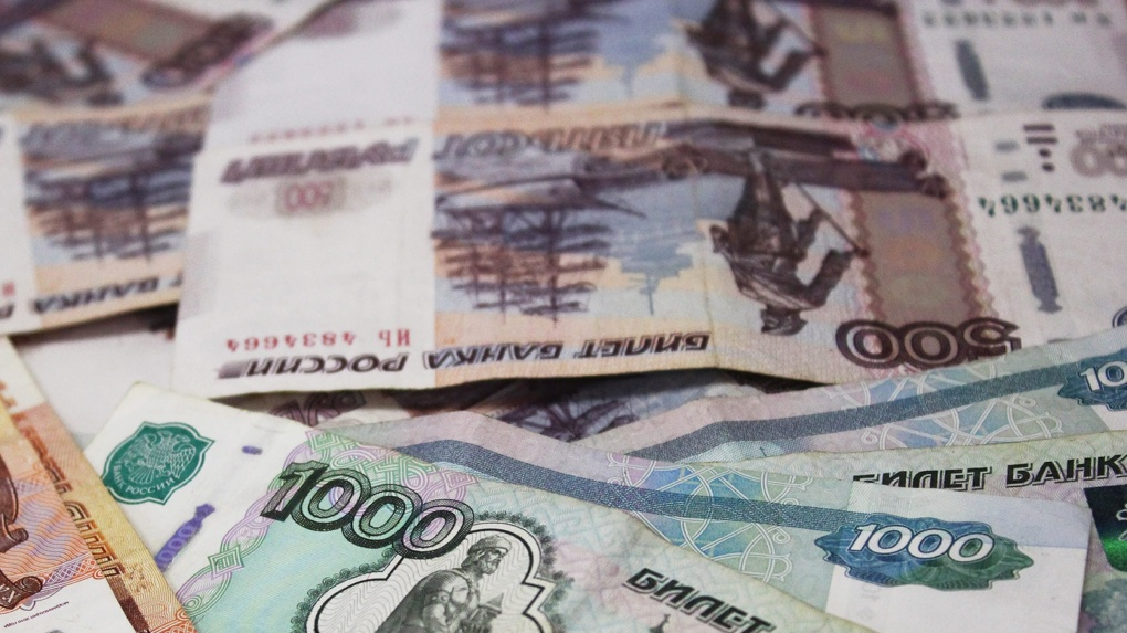 Стало известно, каким предприятием в Омске снизят налоги из-за коронавируса