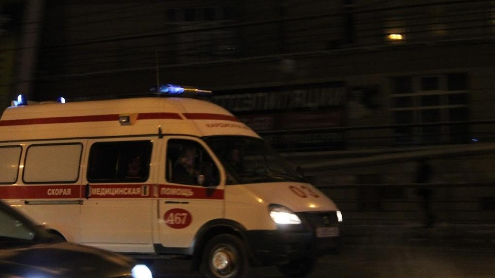 Стало известно состояние мальчика, выпавшего из окна 6-го этажа в Омске