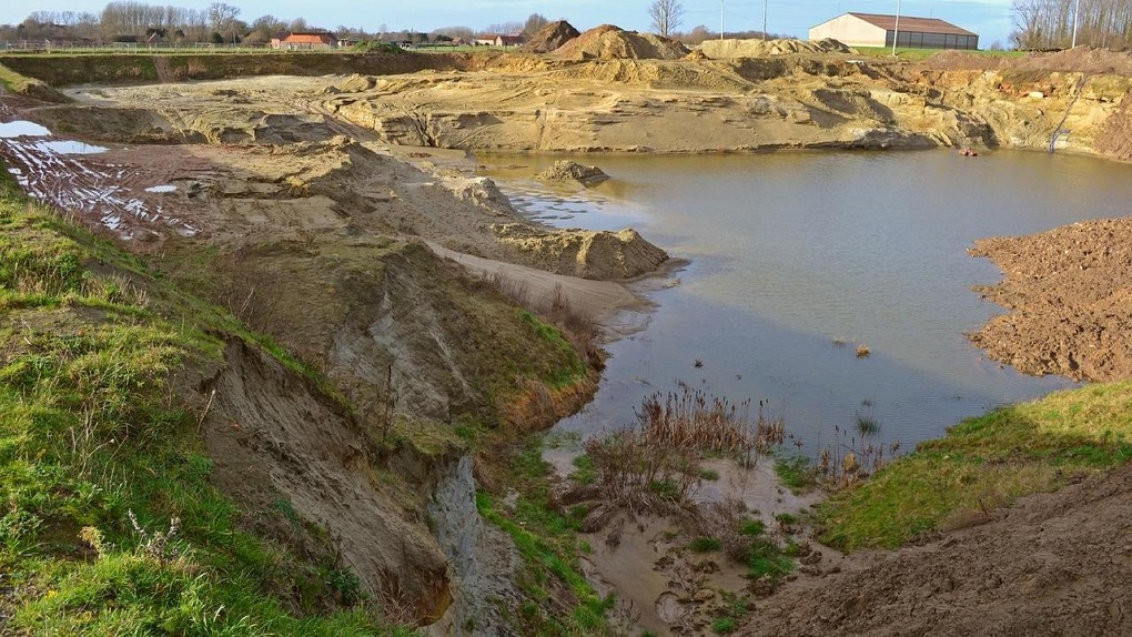 Новосибирской активистке разрешили не платить полмиллиона после громкого конфликта с добытчиками песка