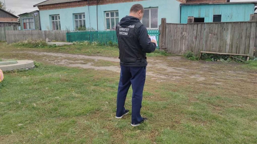 Мёртвые истекали кровью: новосибирца подозревают в жестоком убийстве экс-супруги и 8-летней падчерицы