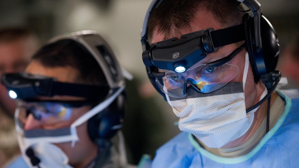 Под угрозой коронавируса омичи собрали для врачей более 5 млн рублей