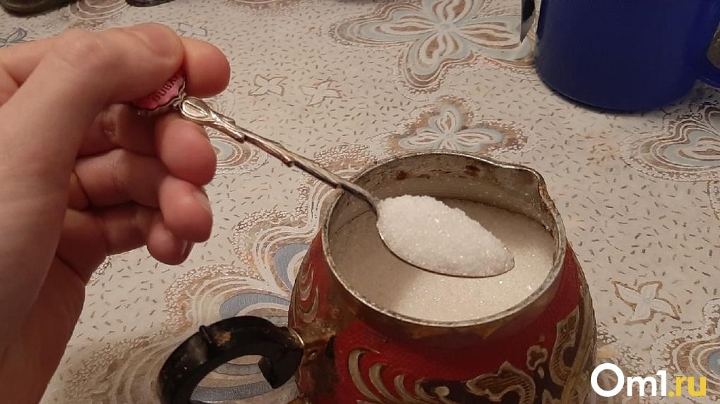 В Омской области сахар подорожал почти на 100 %