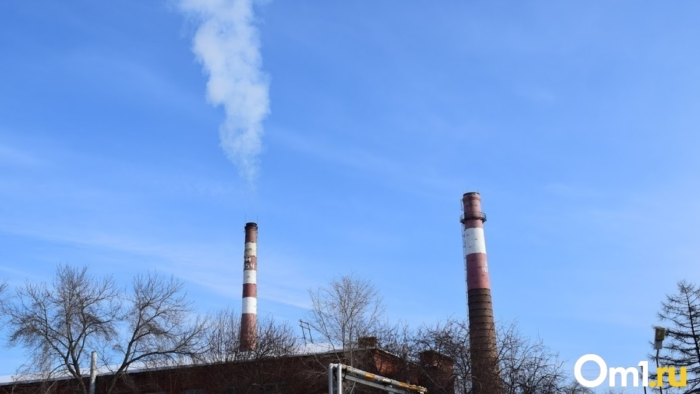 Редкий выброс токсического вещества. В омских Нефтяниках предприятие загрязняло воздух