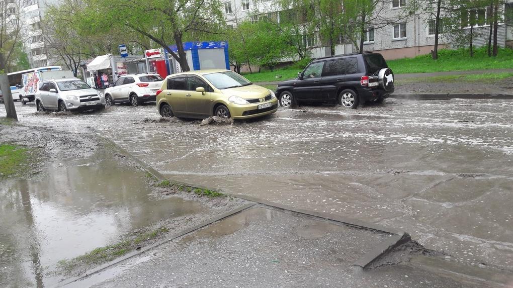 После дождя Омск превращается в Венецию