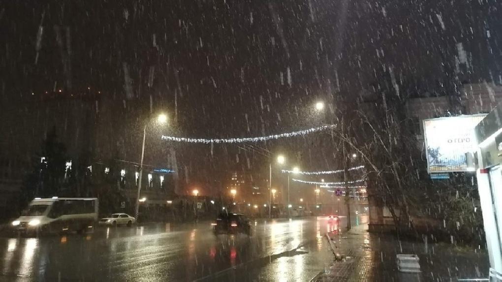 На Омскую область обрушится метель со снегом и придут морозы