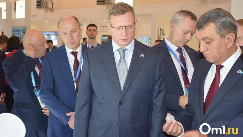 Губернатор Бурков попросил денег на школьные автобусы у министра просвещения РФ