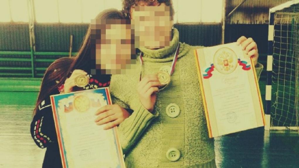 «Девушки в опасности»: на жительницу Новосибирска напал насильник возле автобусной остановки