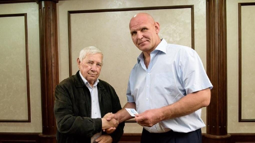 Директор новосибирского завода «Ирмень» примет участие в движении Александра Карелина