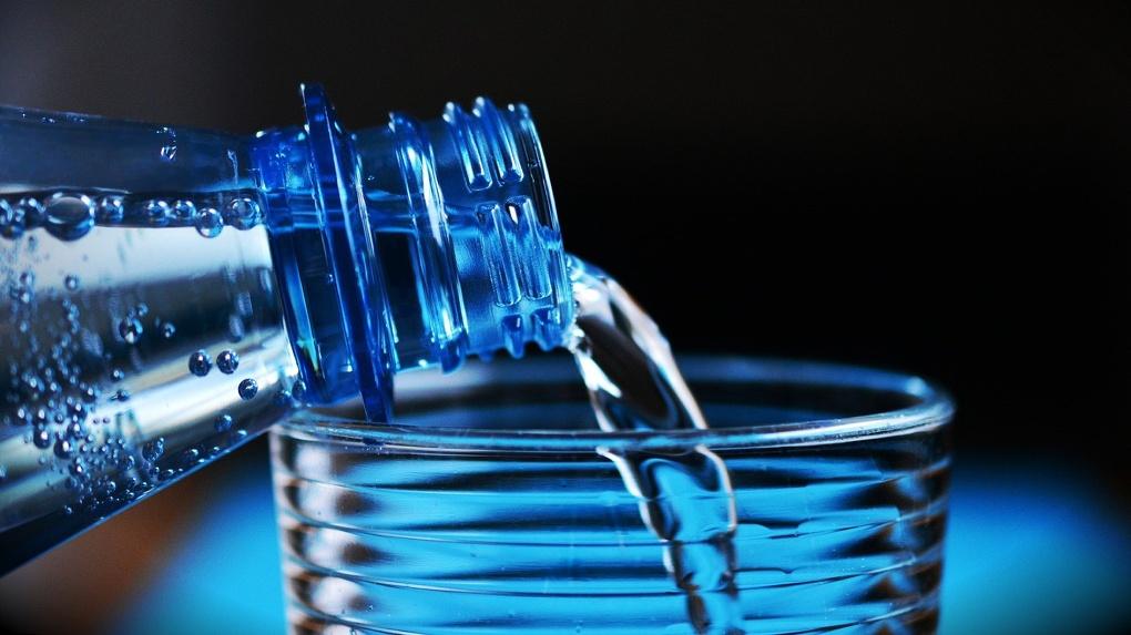 В Омске необъяснимо подорожала питьевая вода