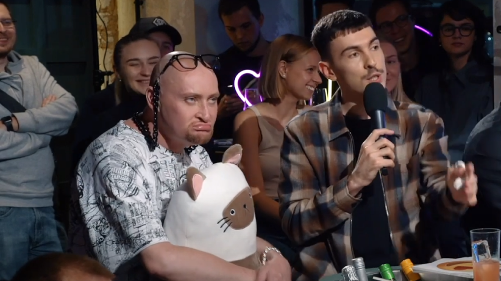 Эпатажный певец из Новосибирска Шура пришёл пьяный на шоу и устроил дебош