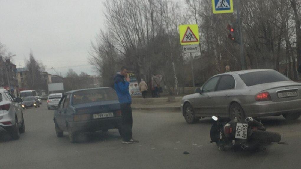 Омские байкеры открыли сезон мотоаварий