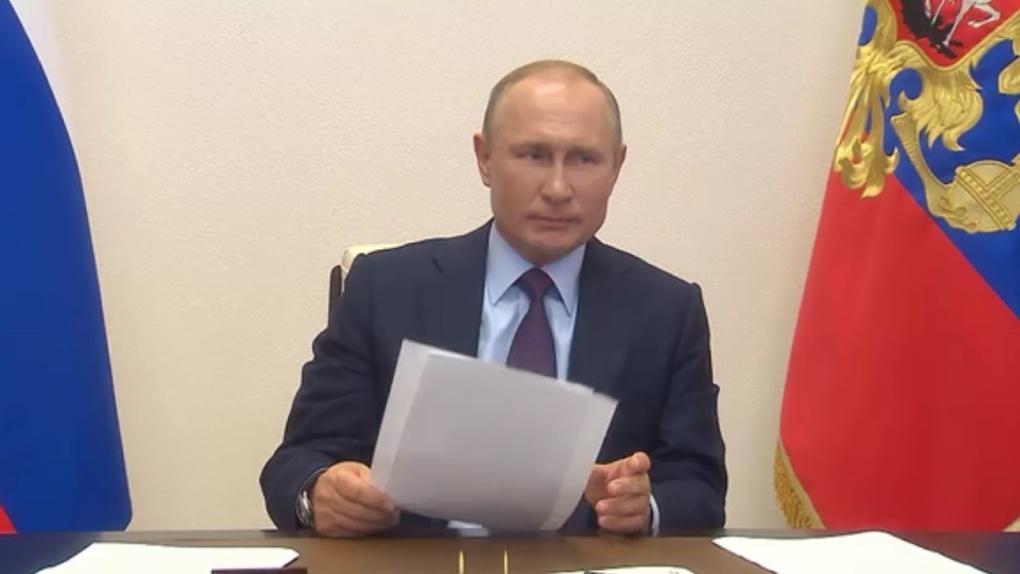 Самоизоляцию могут продлить еще на несколько месяцев: Путин предупредил о второй волне коронавируса
